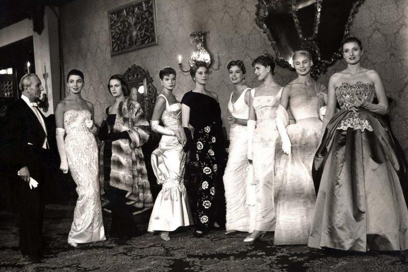 models wearing Sorelle Fontana designs