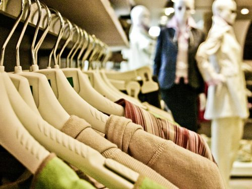 Dialogue: How to Buy Clothes in Italy