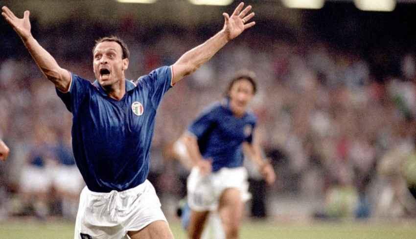 totò schillaci during italia 90