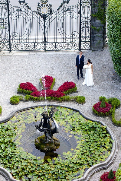 Wedding couple at Villa Carlotta, by Lake Como