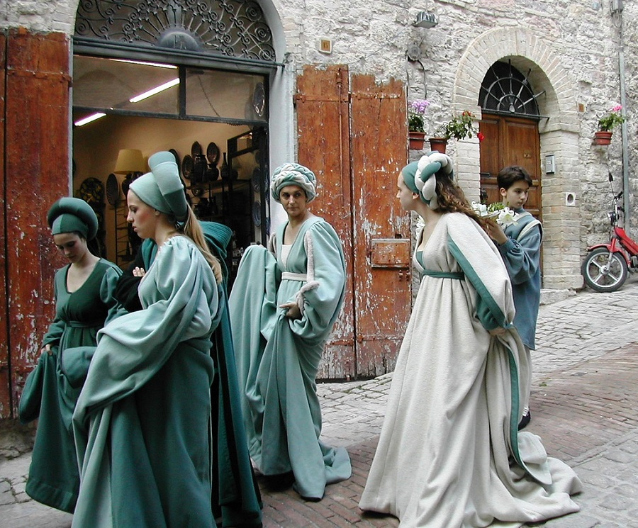 Parade at the Calendimaggio, Assisi