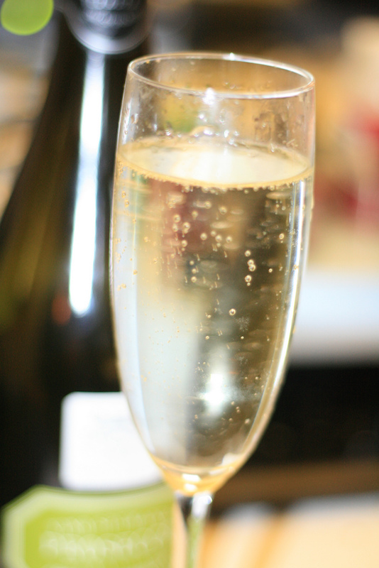 A glass of refreshing Prosecco, perfect in the hot summer days in Italy