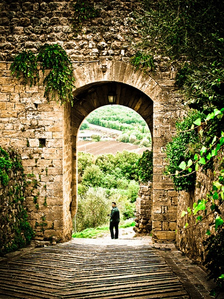 Entrance gate to the castle of Monteriggioni, Tuscany