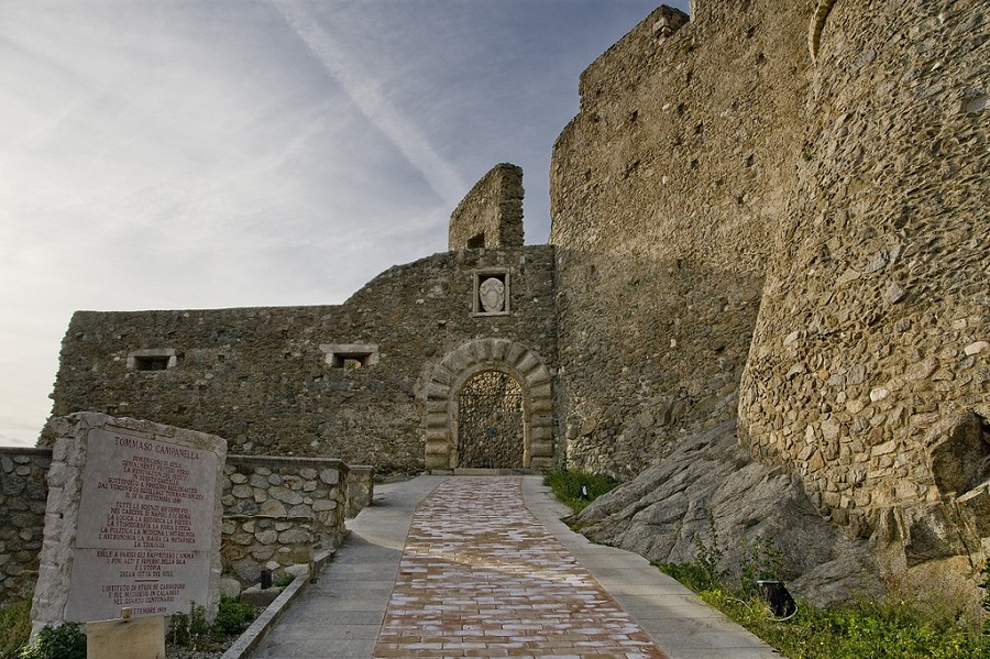 castle in squillace, calabria