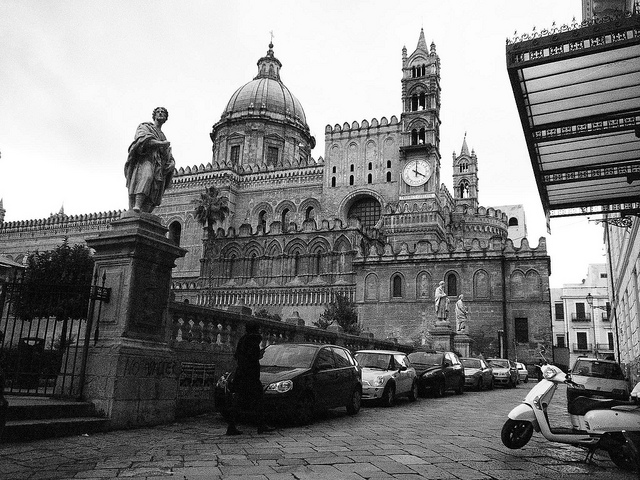 A beautiful shot of Palermo's Cathedral