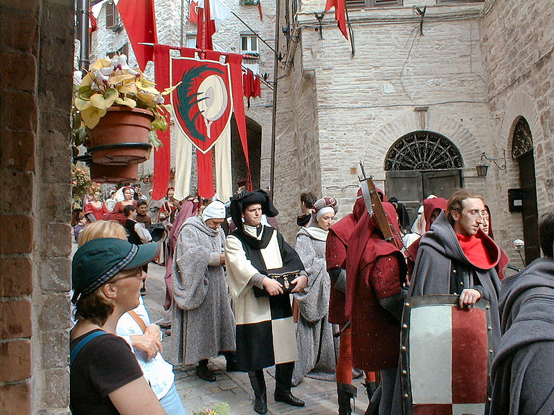 Parade at the Calendimaggio in Assisi