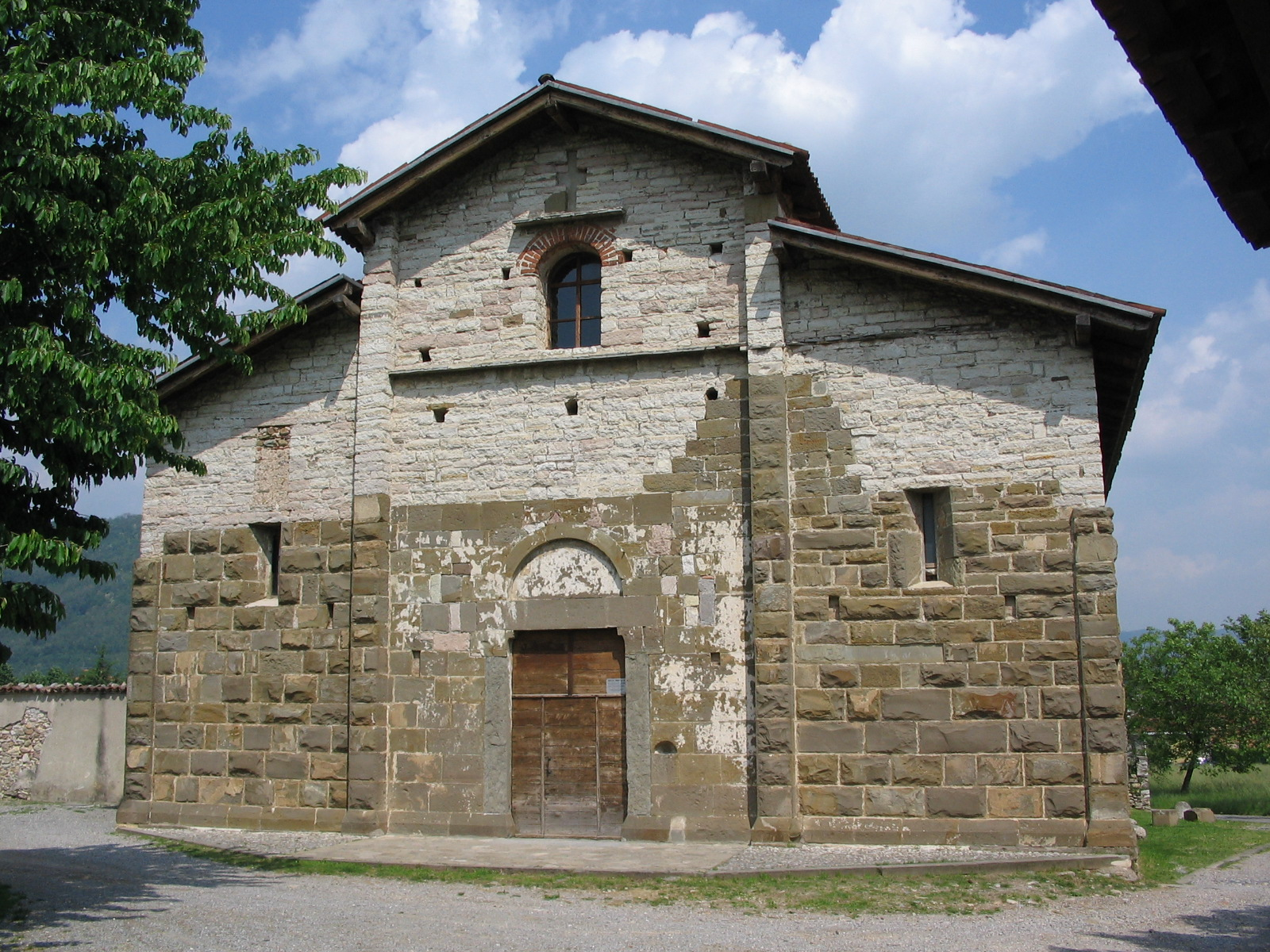 Places of Torture in Italy: Church of San Giorgio  in Lemine