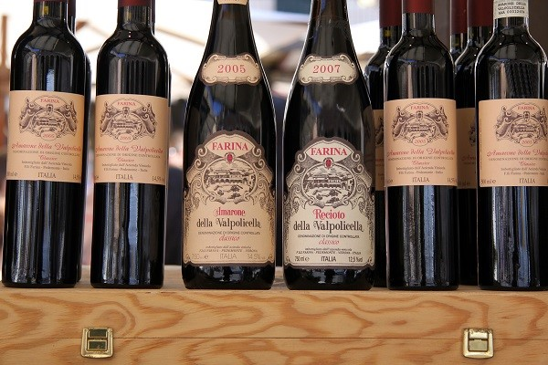 Famous wines of the Valpolicella region are: Amarone, Valpolicella, Valpolicella Superiore and Ripasso, Recioto
