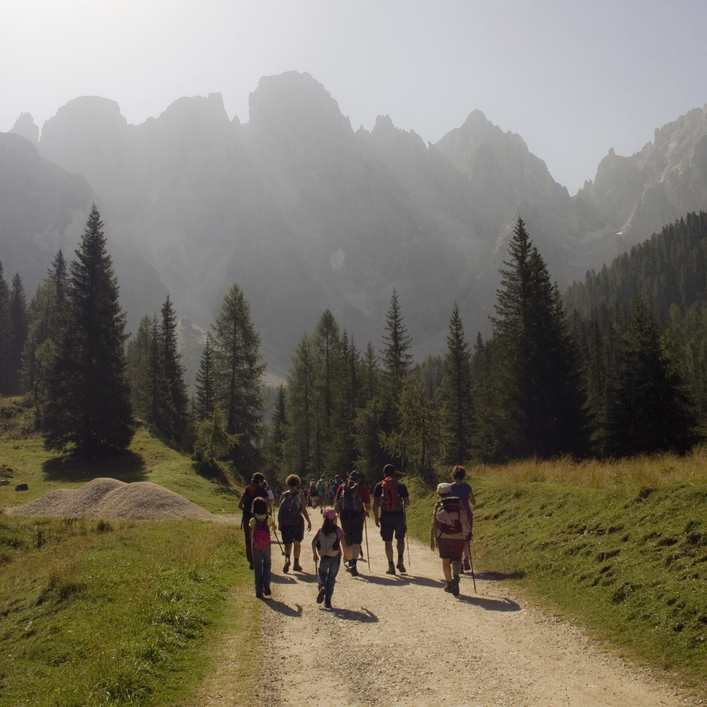 trekking and walking in dolomites