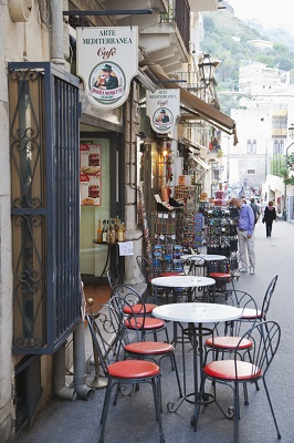 Outdoor Cafés in Messina, Sicily