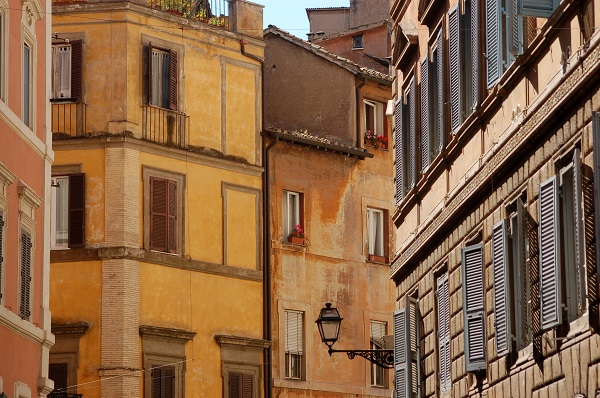 The charming buildings of Rome