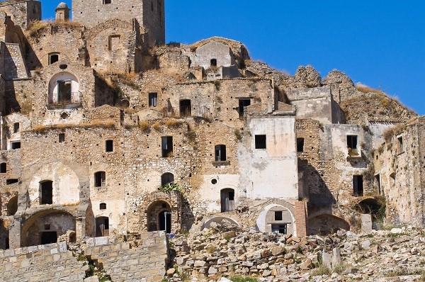 ghost towns south italy