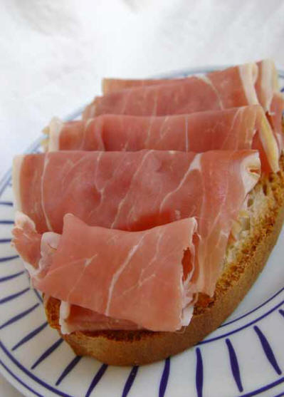 Real Italian food: prosciutto on a bruschetta bread