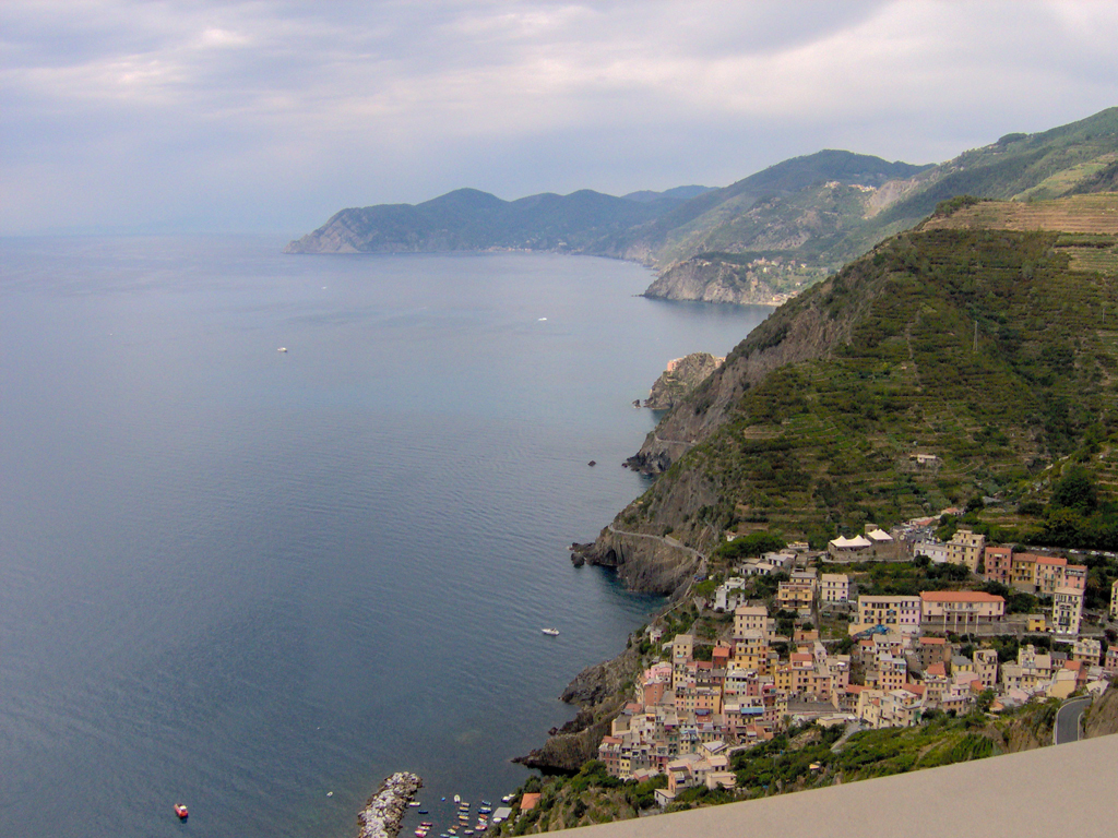 A taste of Italy: from the sea to the mountains in one single glimpse : the Cinque Terre