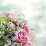 arrange bridal bouquet