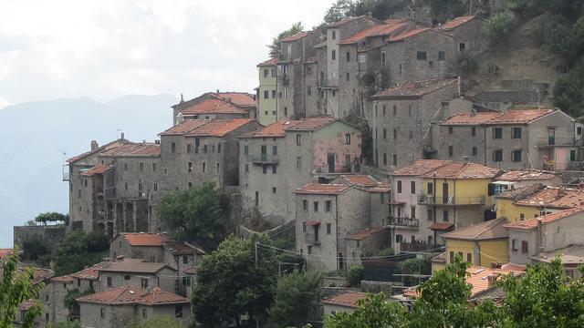 Hiking Orrido di Botri and Bagni di Lucca
