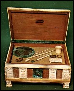 Original makeup case from the ancient times