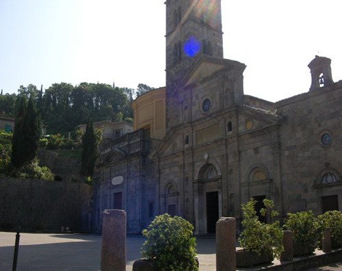 Church in Bolsena near the Francigena Trail
