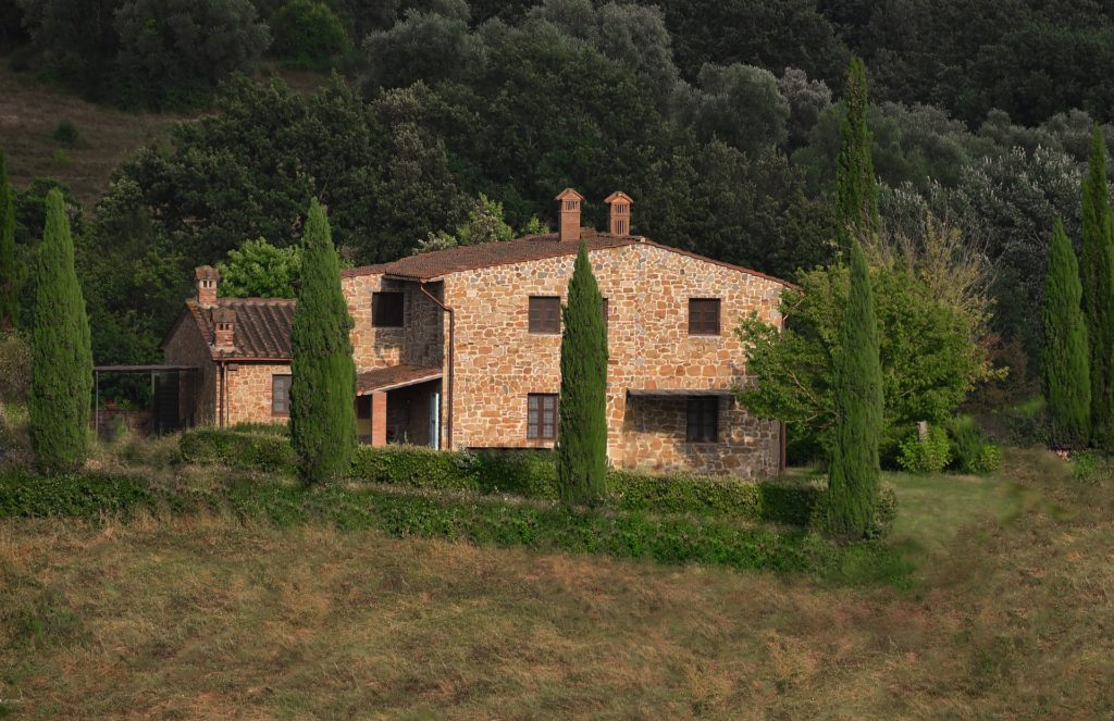 Rural properties in Italy