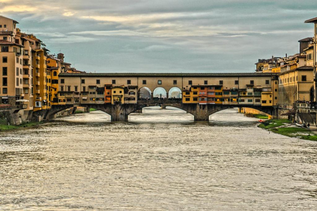 Ponte vecchio by Helga Dosa