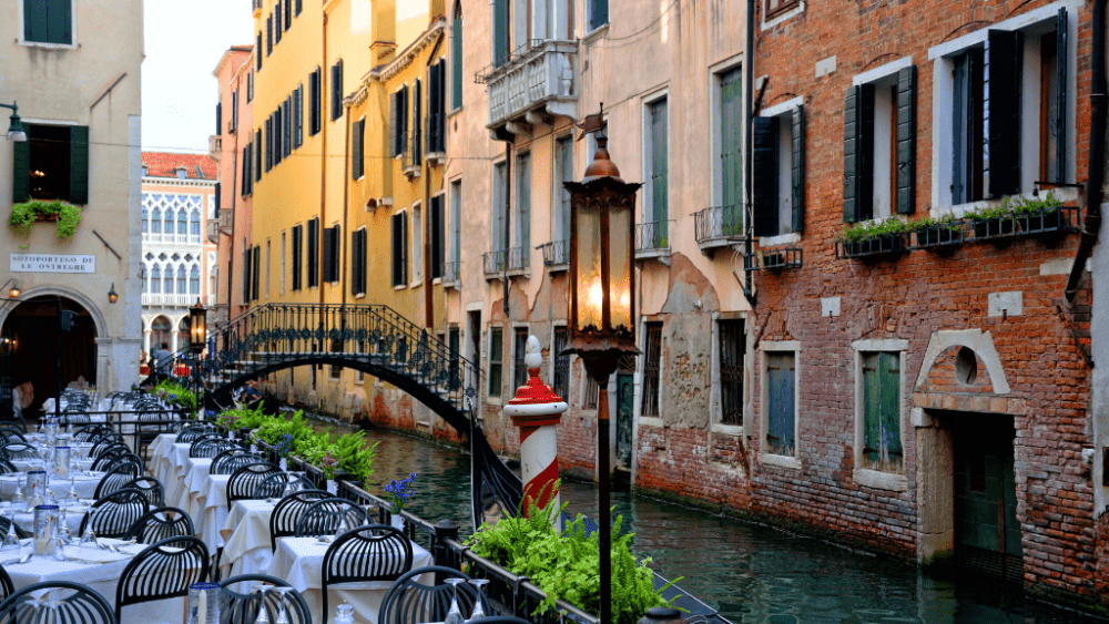 restaurant venice canal