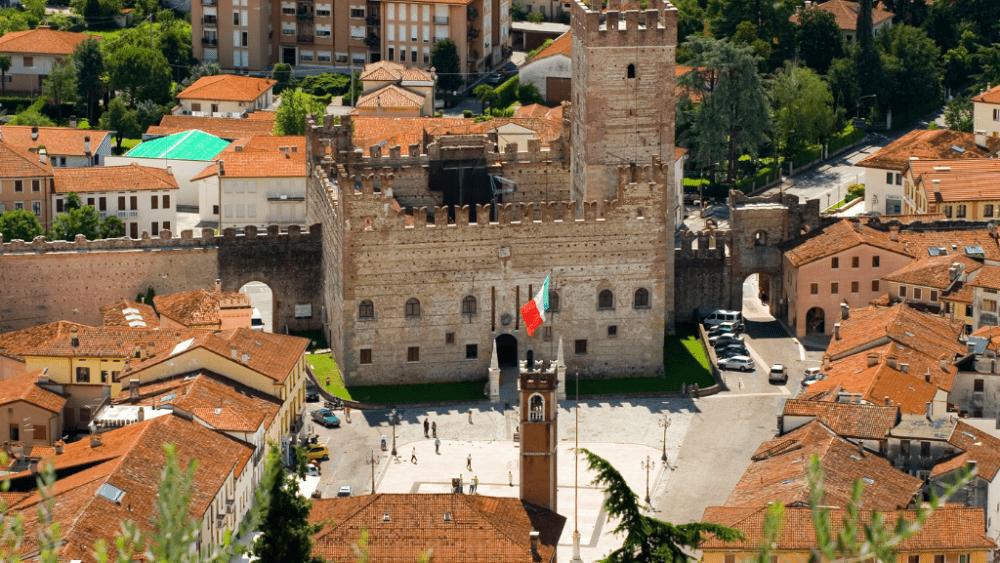marostica castle square chess