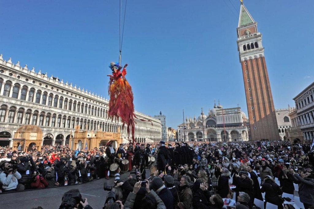 Angel flight Venice carnival